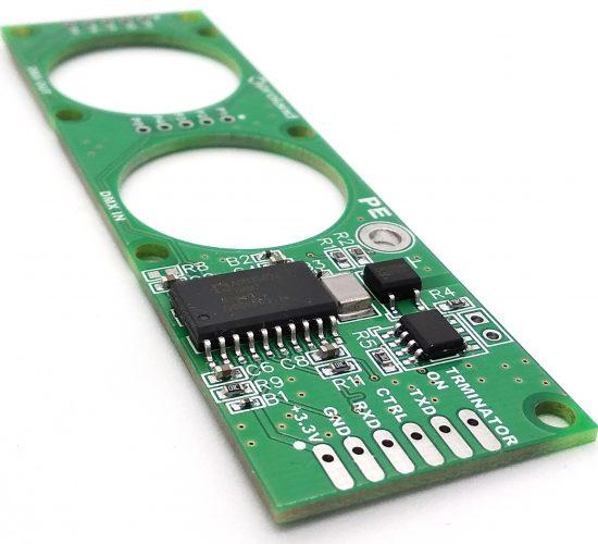Драйвер интерфейса DMX512 c гальванической изоляцией и управляемым терминирующим резистором